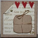 Julkort med paket och röda små hjärtan