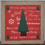 Julkort i rött med en stor gran och fyra små
